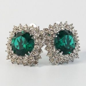 Jewelry - Clear green rhinestone silver clip on earrings